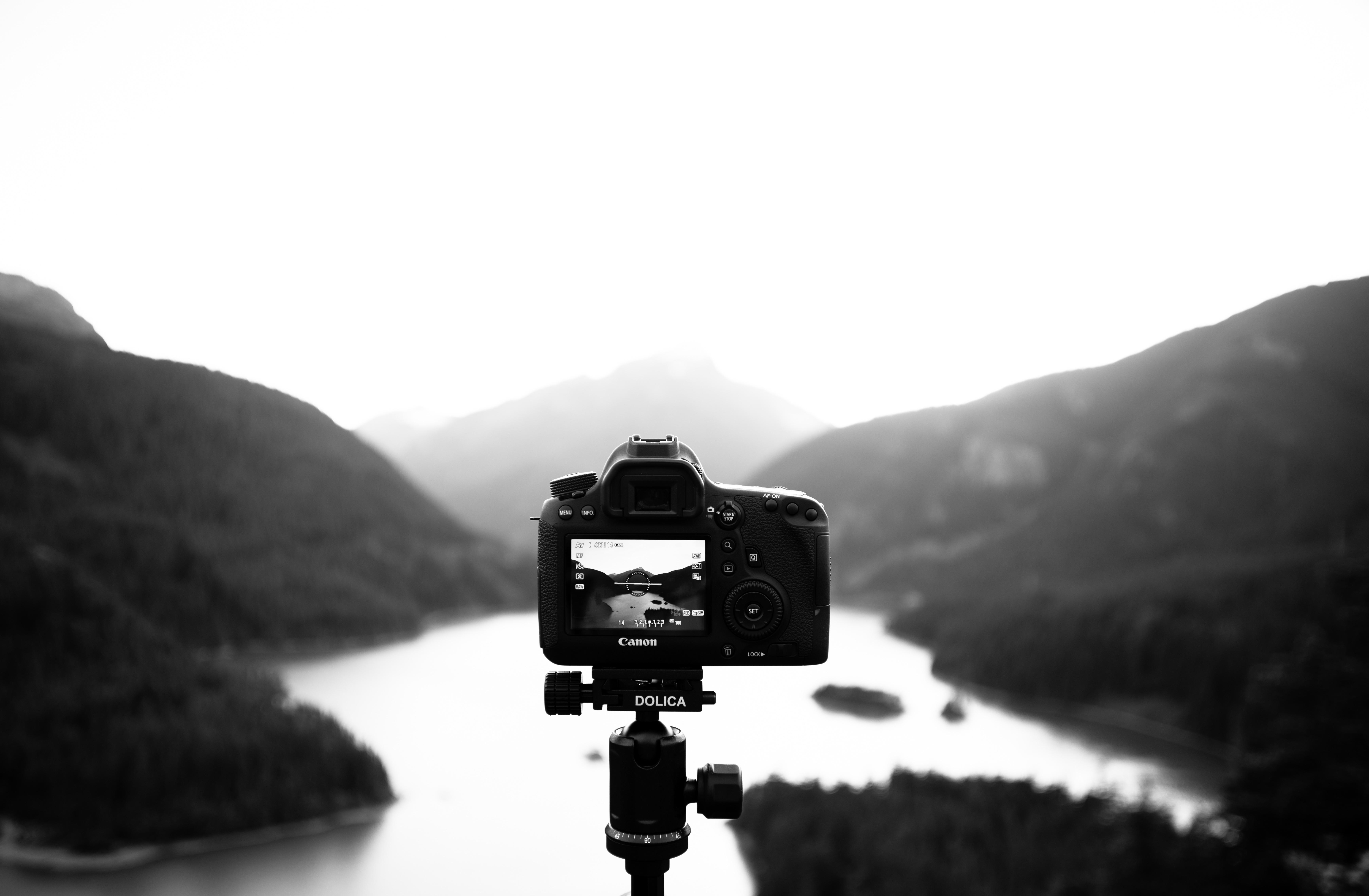 Na flash-it.pl znajdziesz ciekawostki dla amatorów fotografii, grafiki oraz nowoczesnych technologii.