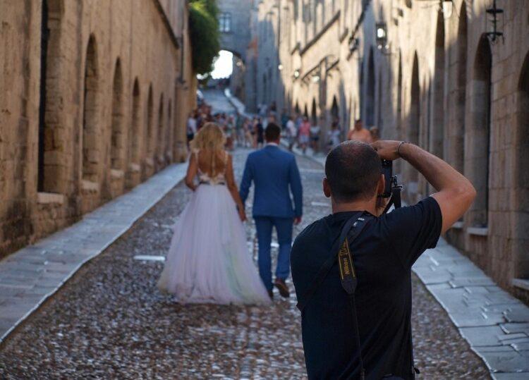 Jak znaleźć fotografa na ślub